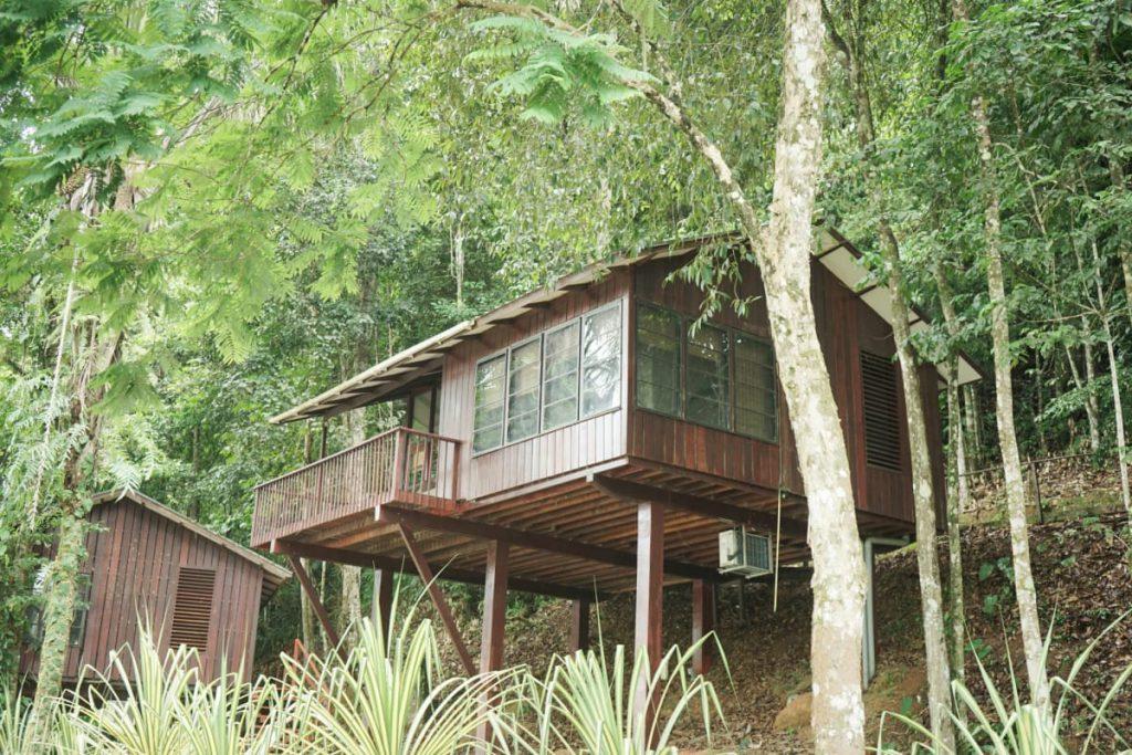 houten huis berg en dal resort