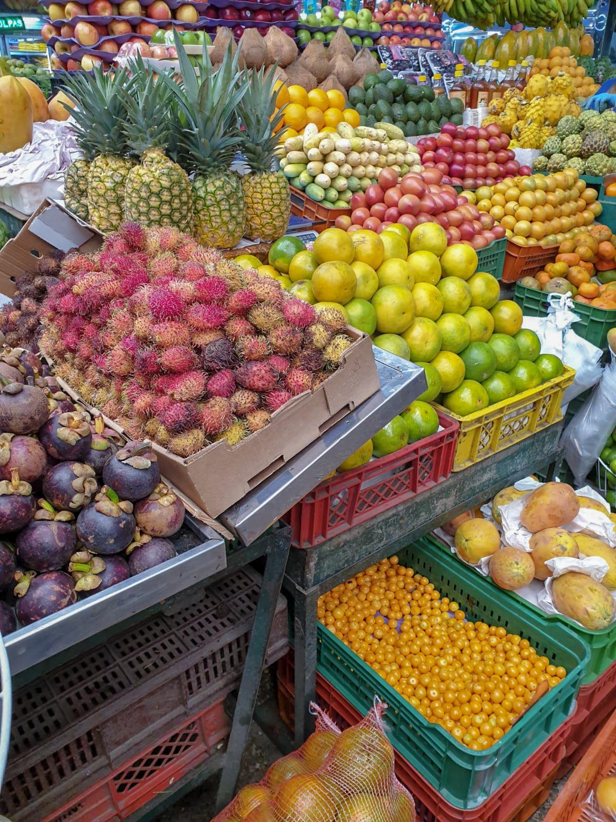 Bogotá Fresh fruit on the markets in Bogota