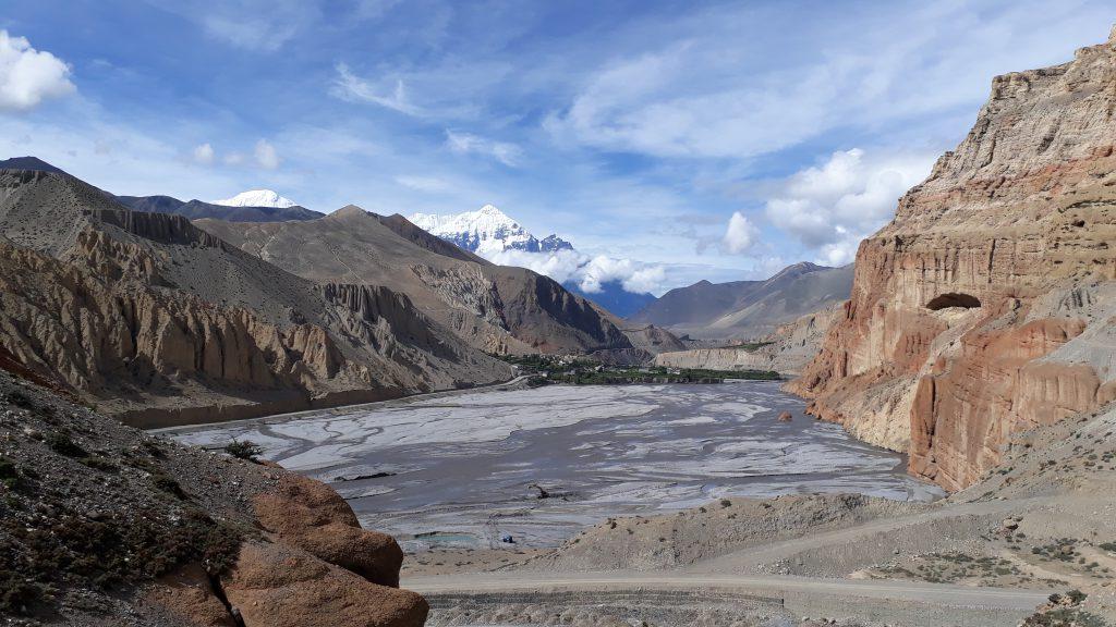 mustang trekking nepal