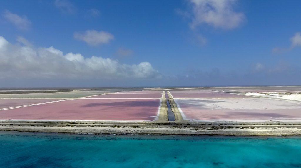 bonaire drone zoutpannen
