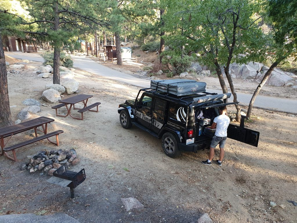 jeep met daktent campings west-amerika